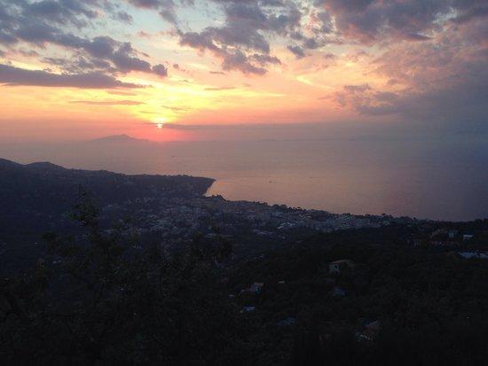 Ristorante Santa Croce Al Picco: Sunset from the restaurant.