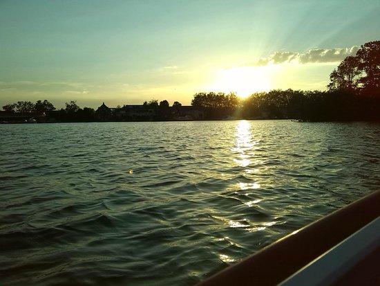 Reeuwijkse Plassen: Sunset