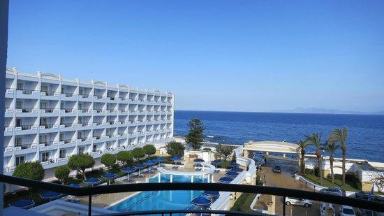 Mitsis Grand Hotel: Вид из номера