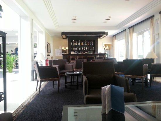 NH Catania Parco Degli Aragonesi: Hotel Bar