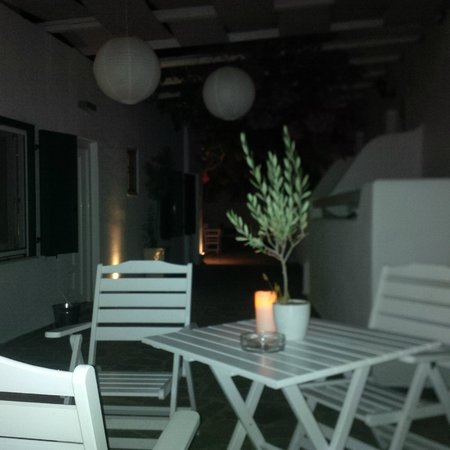 Apollon Boutique Hotel: giardino