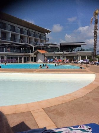 Hotel Baie des Anges : piscine exterieure chauffee