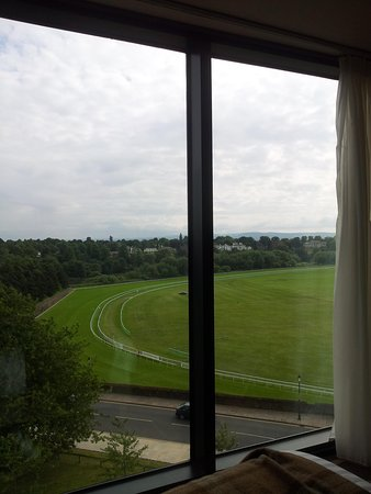 ABode Chester: overlooking racecourse