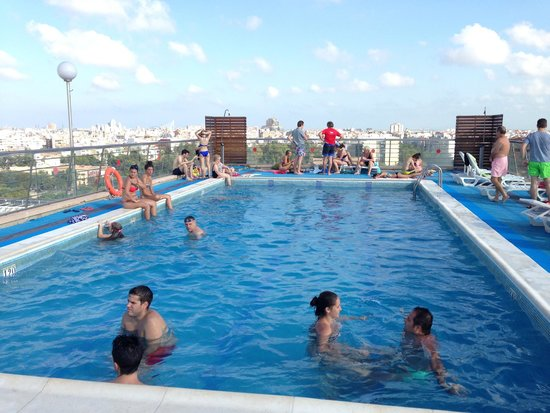 Piscinas en valencia awesome construccin de piscinas with for Piscina valencia