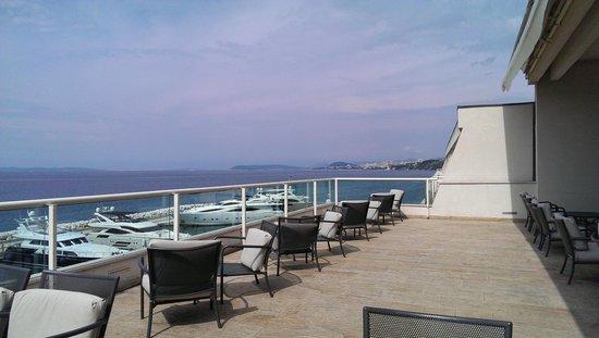 Le Meridien Lav Split: Cafe terrace