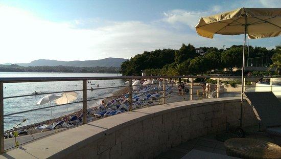 Le Meridien Lav Split: Beach viewed from terrace