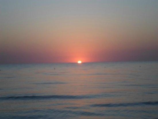 Al Jazira Beach & Spa: lever de soleil