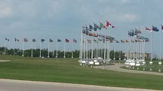 Royal Canadian Mint - Winnipeg (Flags of 75 Countries)