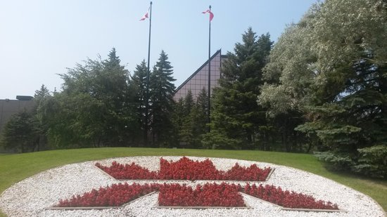 Royal Canadian Mint - Winnipeg (Outdoor View @ Entrance)