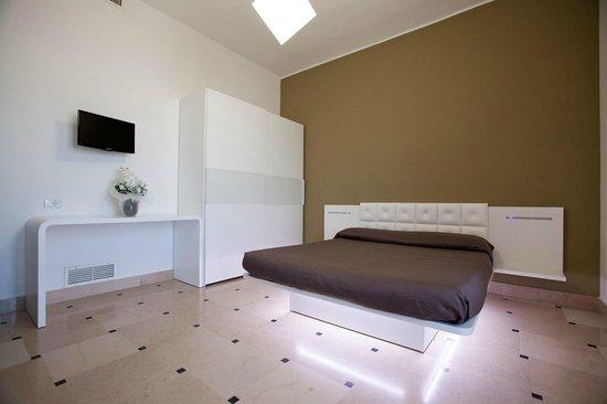 Hyencos Hotel Callyon: NEW una delle camere nuove al piano terra