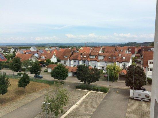 Hotel Kaiserstuhl Betriebsgesellschaft : Uitzicht van mijn eenpersoonskamer