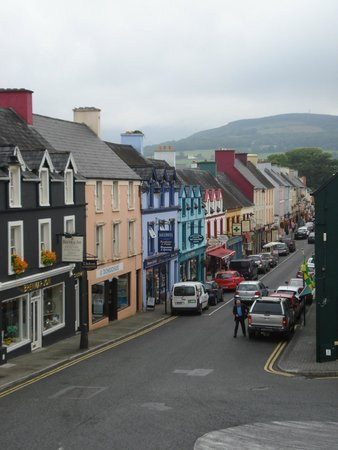 Kenmare Failte Hostel: street view from window's room