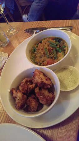 Ginger Bistro: Red lentil and carrot dahlia with the AMAZING cauliflower fritters