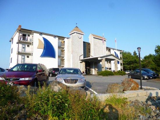Atlantic Oceanside Hotel and Event Center: Hotel Hauptgebäude