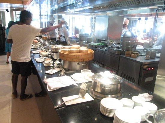 Pathumwan Princess Hotel: Breakfast Buffet