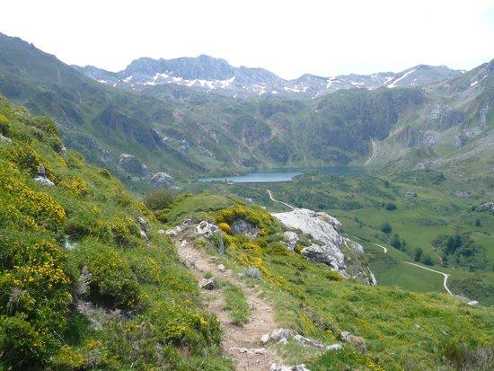 Parque Natural de Somiedo: Lago del valle