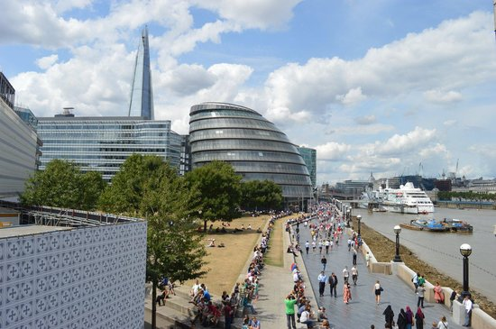 City Hall: Worse places to work in London!