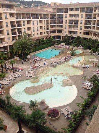 Pierre & Vacances Residence Cannes Beach: Residence coté piscine
