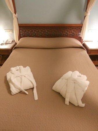 Hotel Akti: Bed