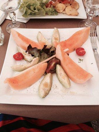 Melon A L Italienne Dans Jambon Cru Mais Avec Avocat Photo De Le