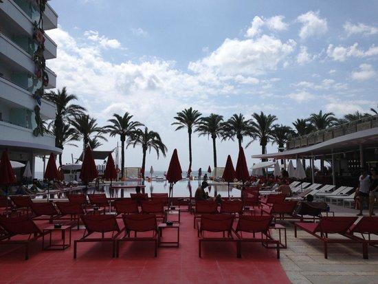 Ushuaia Ibiza Beach Hotel: Piscina towe en Ushuaia ibiiza beach hotel