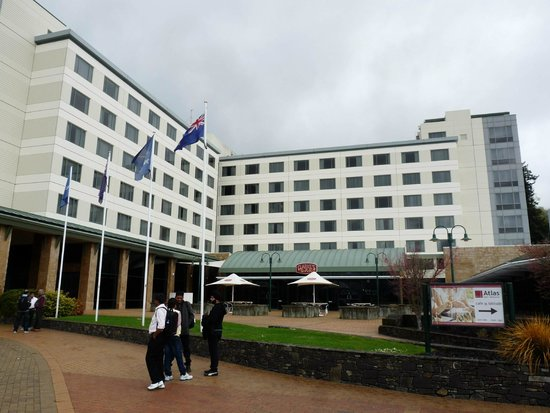 Novotel Rotorua Lakeside: Hotel View