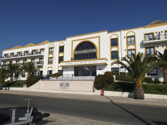 Vila Galé Tavira: Fachada entrada hotel