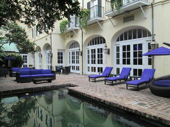Hotel Le Marais : petite cour intérieure très cozy