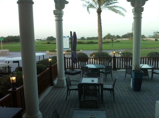Doha Golf Club: outside seating