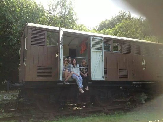 Mill House : The railway carriage, bedroom window