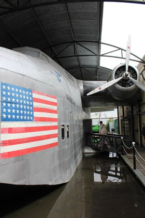 Foynes Flying Boat Museum: réplique d'hydravion