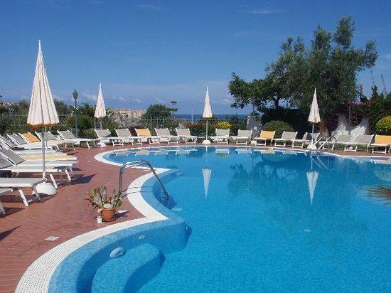 Hotel Tirreno : pool