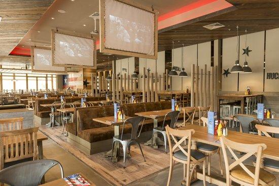 Centre Parcs Woburn Restaurants