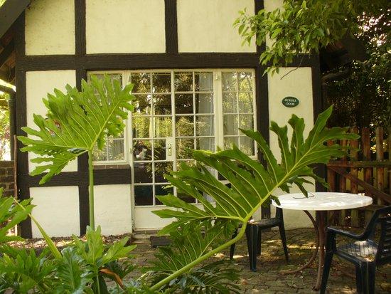 Millgate Cottage: Durdle Door