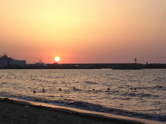 Chich Khan hotel : Sunrise down the beach