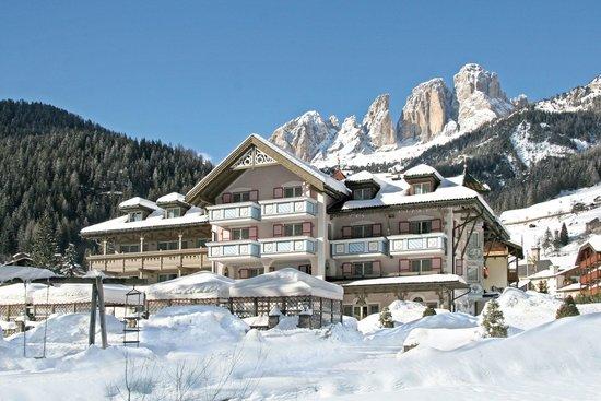 Park Hotel & Club Diamant : Hotel Diamant Campitello di Fassa Dolomiti Trentino