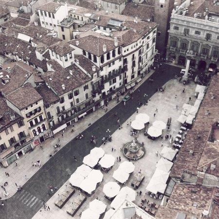 Torre dei Lamberti: View down to Piazza Erbe