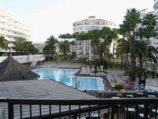 Hotel Servatur Waikiki : Pool
