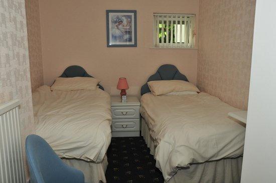 Harwood Lodge : Flat 4 Twin bedroom