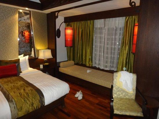 De Naga Hotel: room