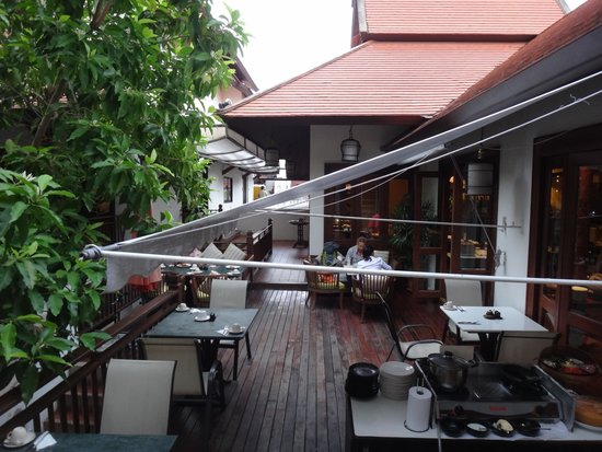 De Naga Hotel: restaurant
