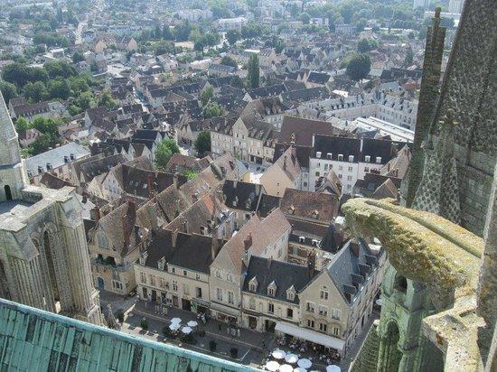 Tour de la Cathédrale de Chartres : View over Chartres from Tower