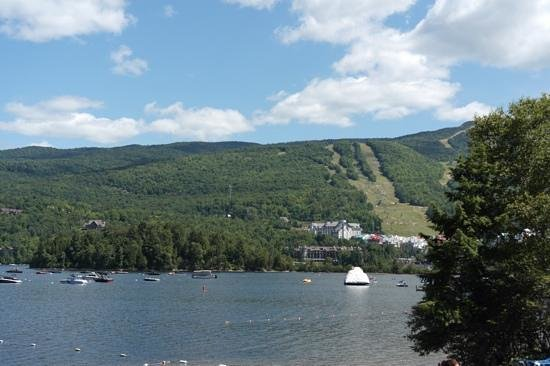 Embarc Tremblant: View of the mountains