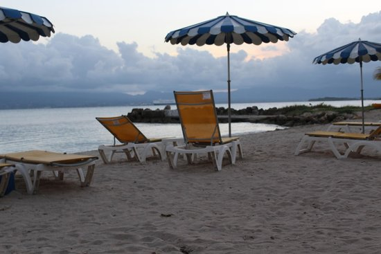 Canella Beach Hotel-Restaurant : Beach