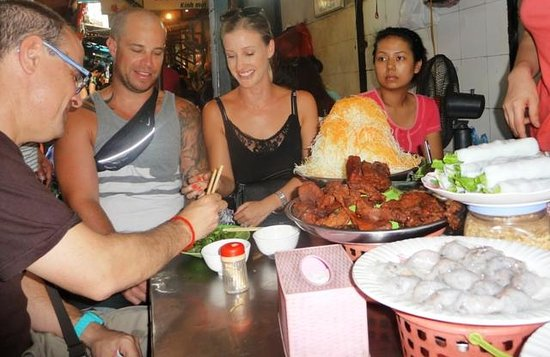 Hanoi Street Food Adventure - Day Tour