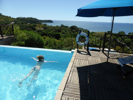 Le Grand Bleu : Beautiful pool with gorgeous view