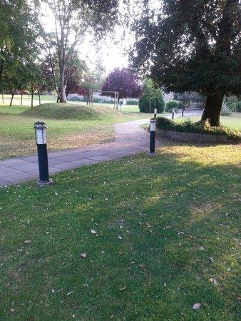 De Vere Horsley Estate: gardens