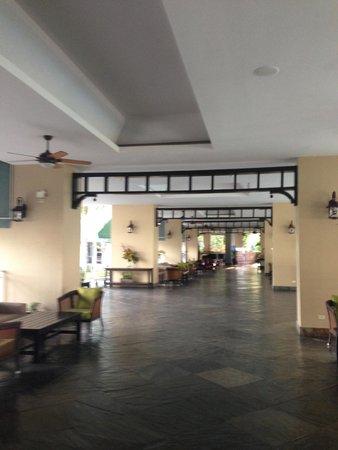 Sheraton Bijao Beach Resort: lobby