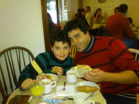 Hotel Milano : Desayuno en familia