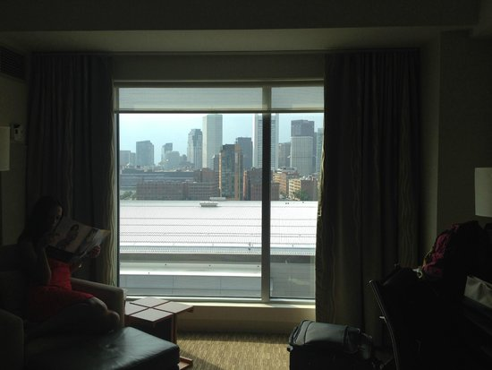 The Westin Boston Waterfront : Looking out the window of the room